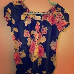 Abercrombie and Fitch size L floral top